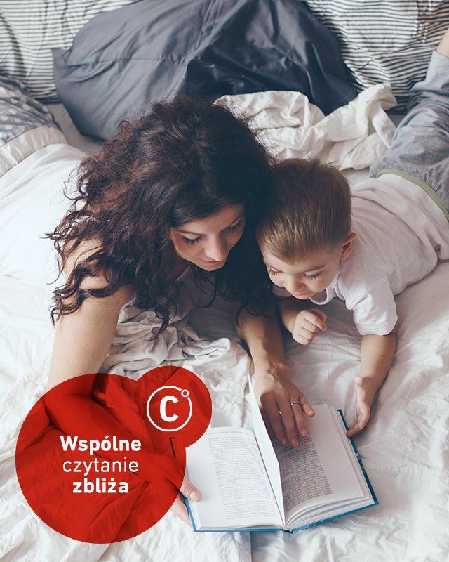 Międzynarodowy dzień książek dla dzieci przypomniał nam ,jak ważne jest wspólne czytanie z dzieckiem. Nie zastąpi go ani oglądanie bajek ani nawet słuchanie najlepszego audiobooka - choć to drugie jest dużo lepszym sposobem, by pożytecznie zagospodarować maluchowi czas. Jednak spędzając wieczór razem podczas wspólnej lektury nie tylko trenujemy wyobraźnię dziecka, ale też dajemy mu swoją obecność.