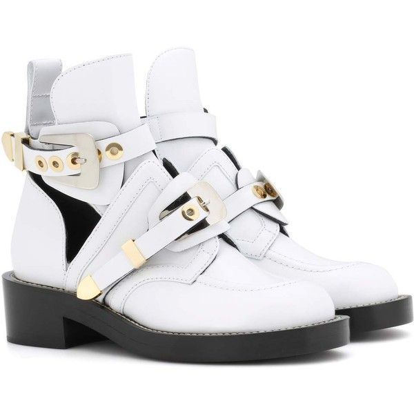 Balenciaga Ceinture Leather Cut-Out Boots (3.970 BRL) ❤ liked on Polyvore featuring shoes, boots, white, cutout shoes, balenciaga, leather boots, balenciaga shoes and genuine leather boots