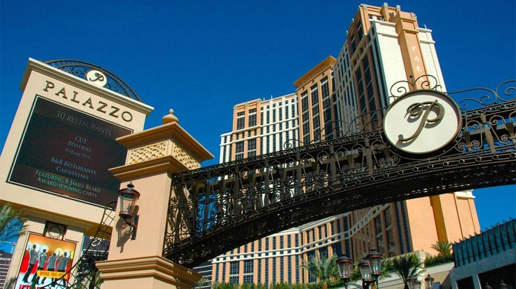 las vegas best hotels for couples