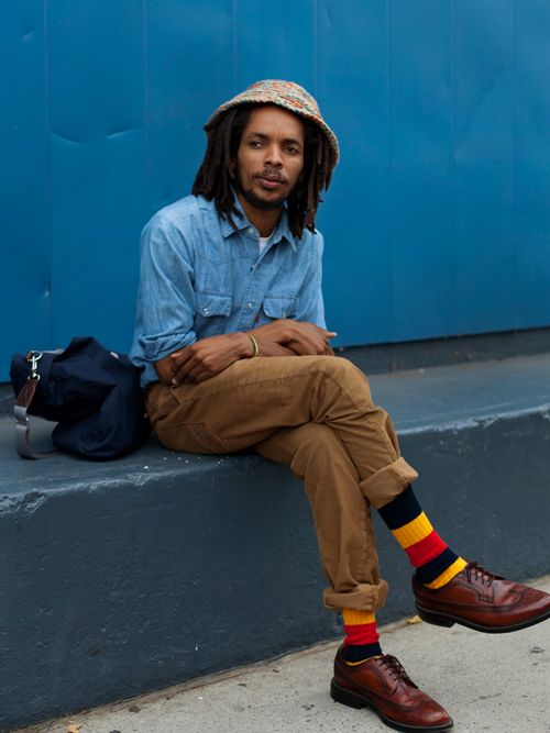 Love the colors and the man's style! The hat, the cool bag, the multi-colored socks, leather oxfords, etc.     On the Street….Chelsea Piers, New York « The Sartorialist