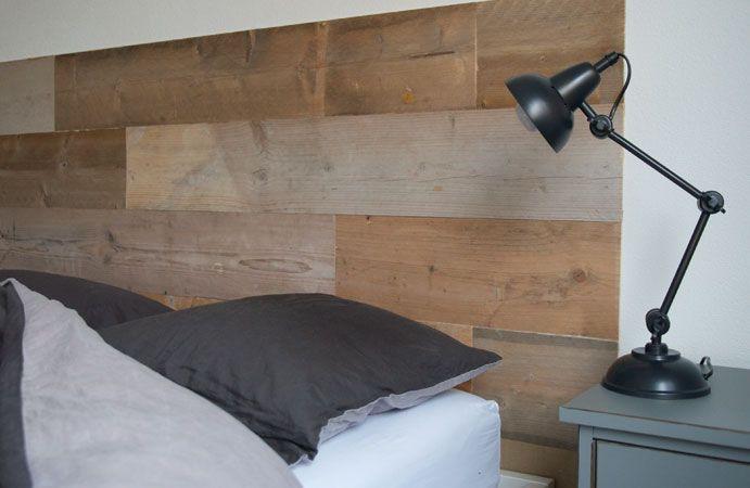 Voor een slaapkamermetamorfose gebruikten we het plakhout van @karwei . Hoe dat beviel lees je in ons nieuwste blog - #wonenvoorjou
