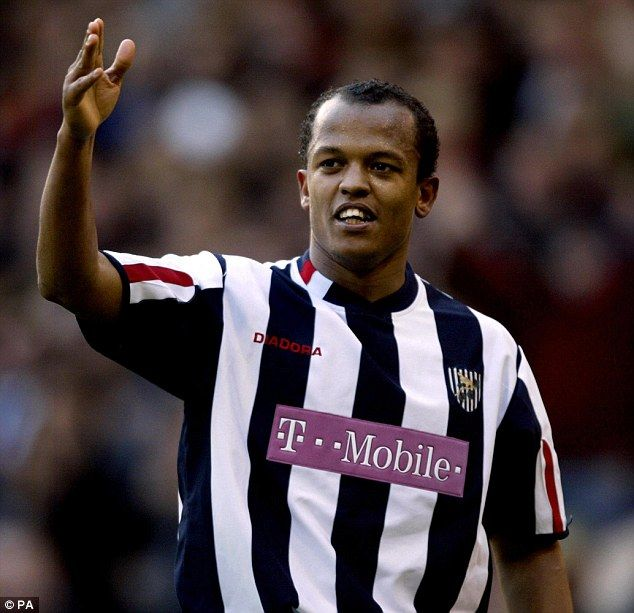 Robert Earnshaw retires from football and takes up coaching role with MLS side