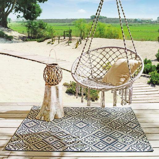 Cette Chaise Hamac Tressee Prend Le Meilleur Des Deux Mondes Balancez Vous Doucement En Vous Prenant Le Soleil Ideal P Hamac Chaise Mobilier Jardin