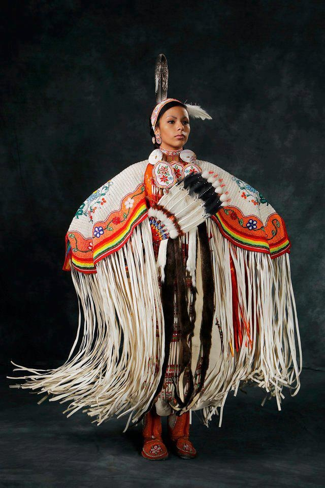 beautiful beautiful Native American Outfit
