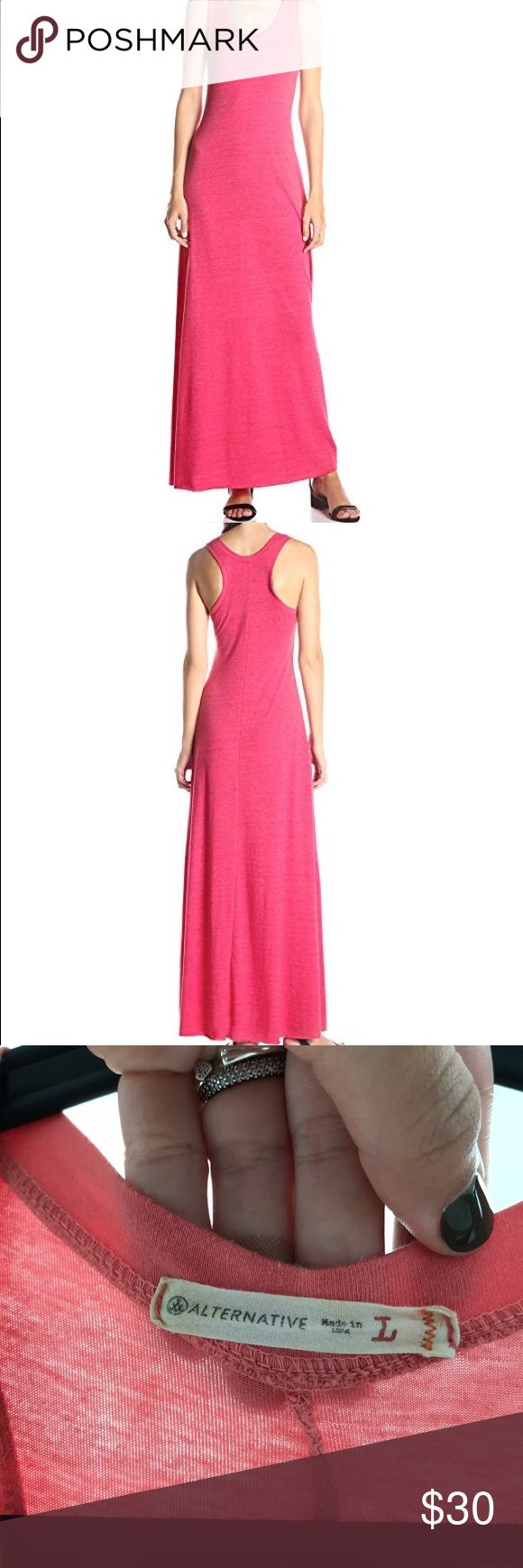 Alternative Maxi Dress Racerback maci dress, sleeveless scoop/neck long dress. Slide slits that goes up to the thigh. Very comfy 🌸the color es pink/coral, literally new!!! Alternative Dresses Maxi