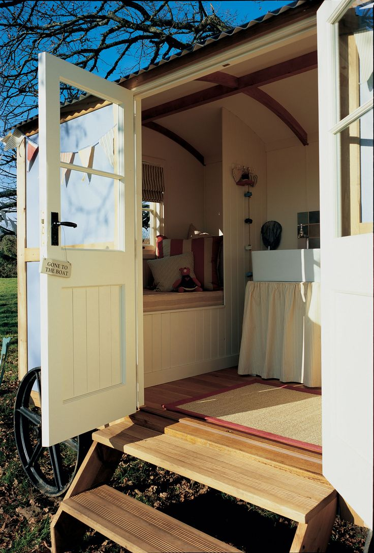 Gallery & Clients' Comments - the Shepherd's Hut Company, manufacturers of the finest mobile timber cabins.