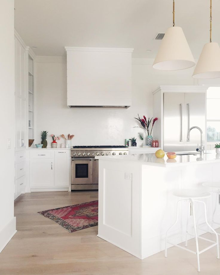 sitting in my own kitchen in nashville dreaming of this kitchen at the beach