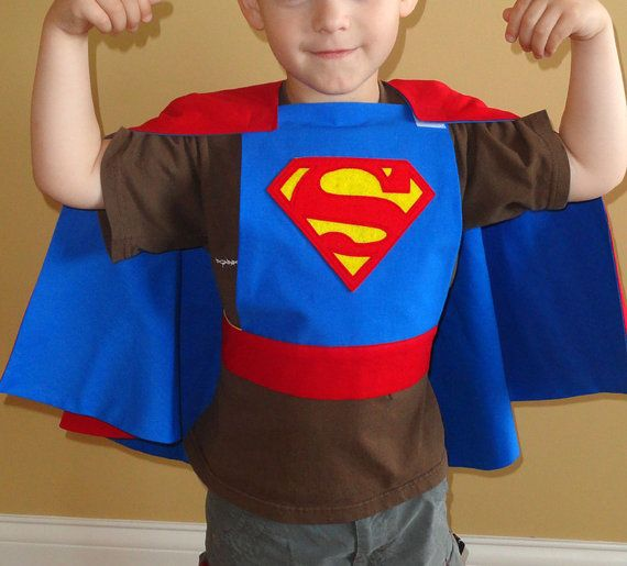 Great Christmas  idea for the little guys...a REVERSIBLE Superman/Batman Cape by LindyJDesign at Etsy. No scary neck ties...it attaches at the shoulder and center back with Velcro.