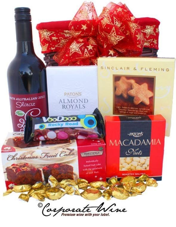 A Corporate Wine Gift Hamper, such as this one, include a bottle of South Australian  Shiraz and a selection of fine gourmet goodies.