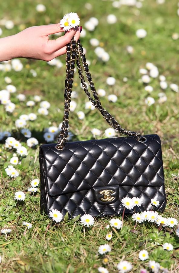 http://www.cinderellasdiary.it/happy-easter/
