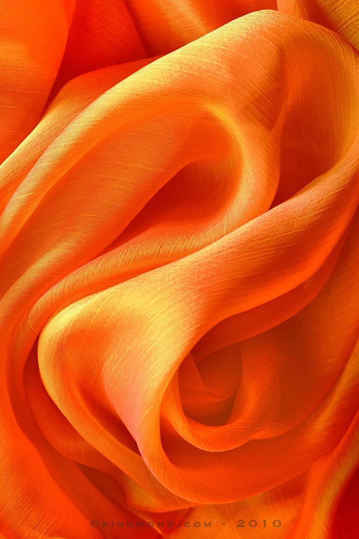 main color - orange --> all the decoration will be in orange