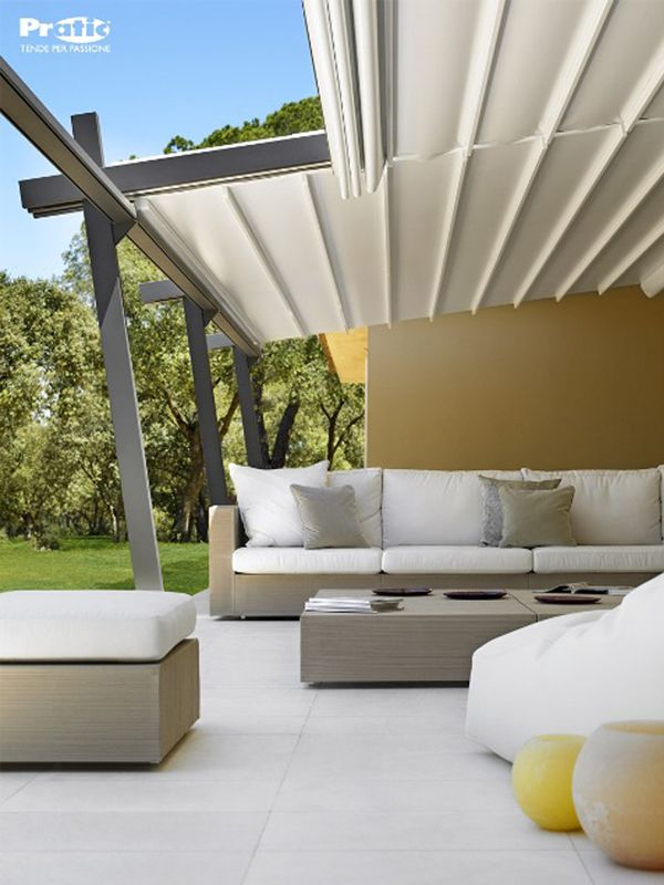 Aluminium Pergola with Sliding Cover TECNIC STIL by PRATIC F.lli ORIOLI #outdoor #porch #patio