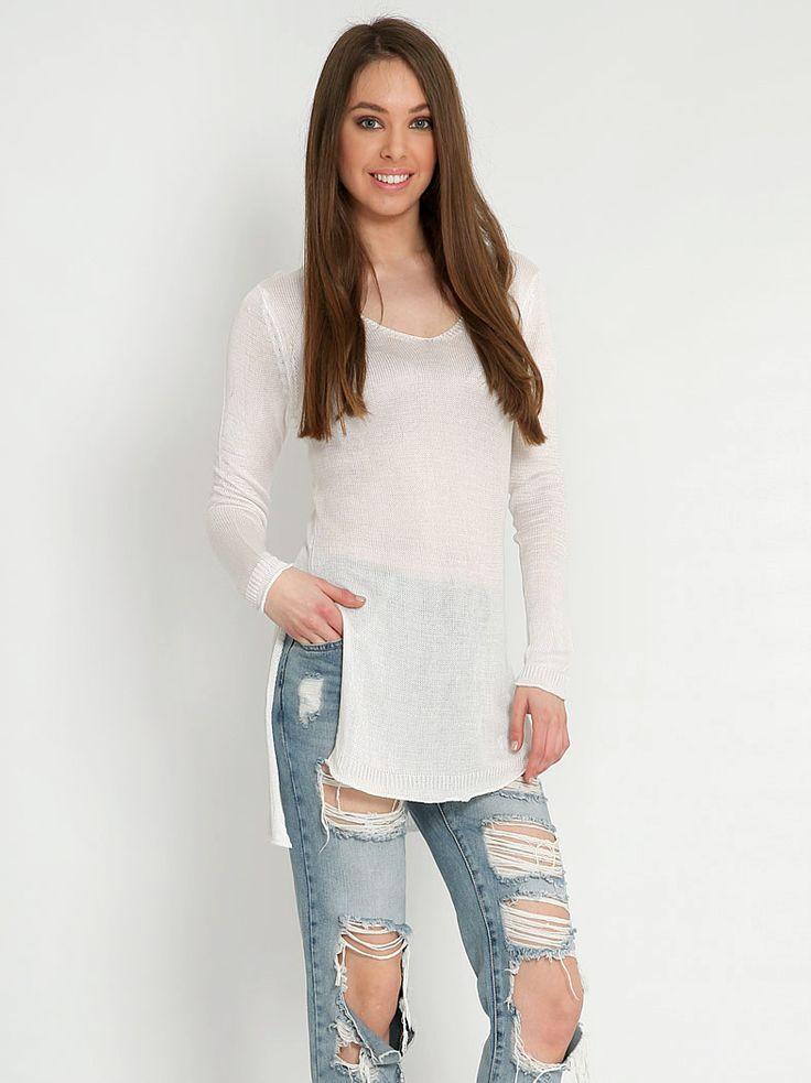 Πλεκτή ασύμμετρη μπλούζα - 14,99 € - http://www.ilovesales.gr/shop/plekti-asymmetri-blouza-7/ Περισσότερα http://www.ilovesales.gr/shop/plekti-asymmetri-blouza-7/