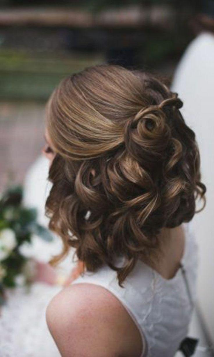 Hochzeitsfrisuren kurze Haare halboffen und lockig…