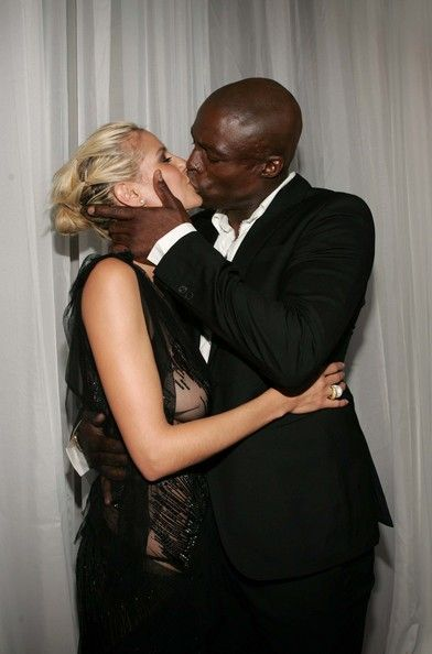 Heidi Klum Seal Photos - Singer Seal kisses model Heidi Klum arrives at the 2004 World Music Awards at the Thomas and Mack Center on September 15, 2004 in Las Vegas, Nevada. The World Music Awards are presented annually to the world?s top selling recording-artists in the various music categories and to the best-selling recording artist of the year from each of the major record-buying countries. - Seal and Heidi Klum  Marry In Mexico