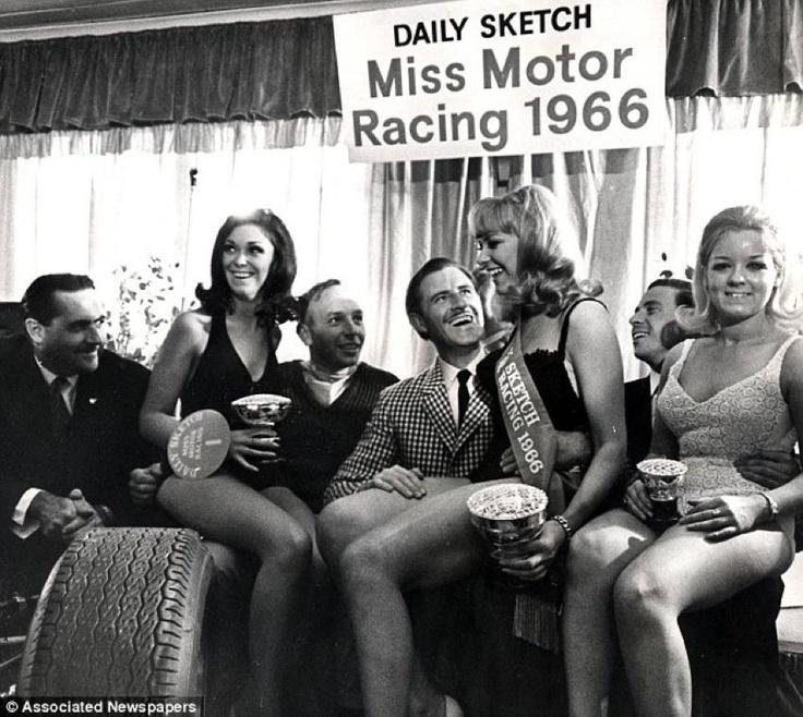 1962 - Jack Brabham, John Surtees, Graham Hill, Jim Clark and Jennifer Summers (miss Motor Racing 1966 at the centre