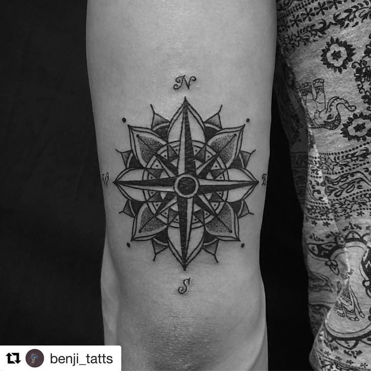 "71 Likes, 1 Comments - BORNEO INK TATTOO (@borneo_ink_tat2) on Instagram: ""#Repost @benji_tatts with @repostapp ・・・ Mandala compass for Adrian. Thank buddy. #borneoink…"""