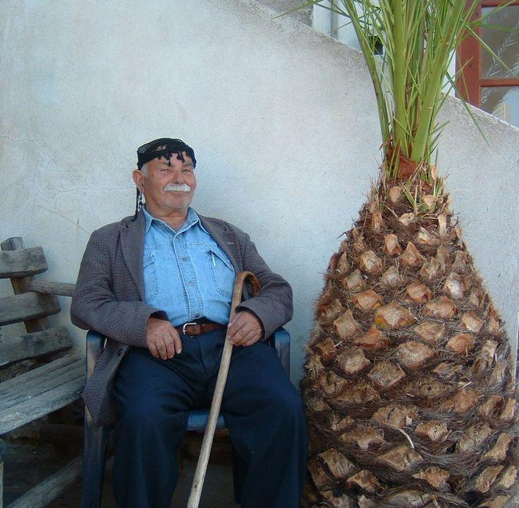 CRETE  man from Sfakia region