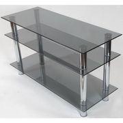 Стеклянные тумбы под ТВ и стеклянные столы.