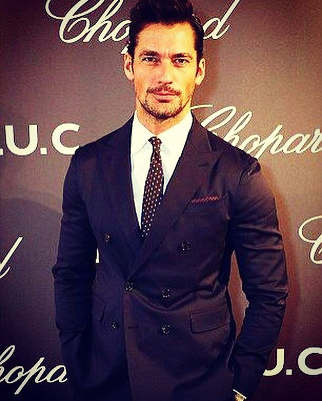 @davidgandy_official in Dsquared2 suit for the opening of Chopard LUC Exhibition in #London! #Dsquared2 #menswear #dsquared2classic #davidgandy #chopard #exhibition