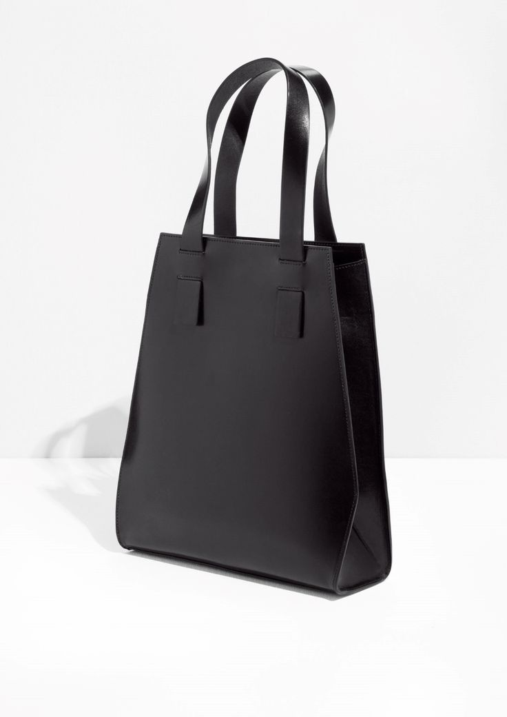 & Other Stories | Structured Leather Shopper | Architect's Fashion