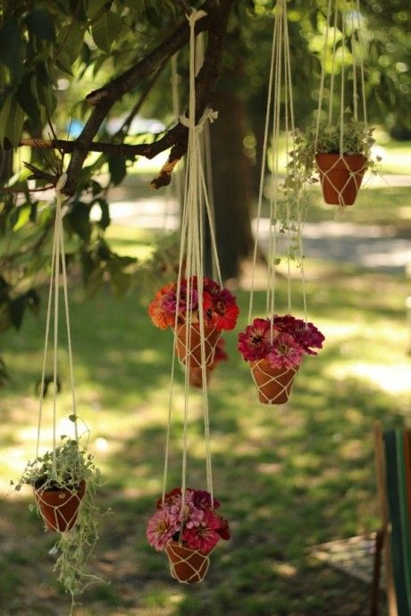 hanging terracotta pots, cute idea