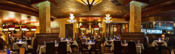 Perry's Steakhouse & Grille is an institution in The Woodlands.  While it has been around a number of years, it never gets stale.  Perry's re-invents itself with new dishes, new specials, and new drinks while keeping what makes it work.