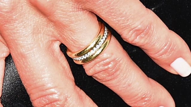 Lets All Swoon Over Jennifer Anistons Wedding Ring News
