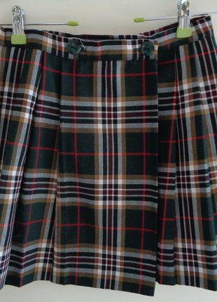 À vendre sur #vintedfrance ! http://www.vinted.fr/mode-femmes/jupes-plissees/28095385-jupe-courte-plissee-portefeuille-tartan-kilt-vintage-veritable-t-34