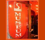 Credi di sapere tutto dei Giochi Erotici? Il Sex Machines Museum di Praga potrebbe insegnarti di più... vieni a leggere qui: http://tormenti.altervista.org/sex-machines-museum/