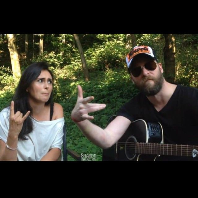 "Gefällt 293 Mal, 6 Kommentare - Sharon den Adel Fan Page👈 🔥 (@sharondenadelfanpage) auf Instagram: ""Sharon with a WTF ""monday face"" and Ruud with all the attitude 😜...Have a nice week dragons!!! 💪…"""