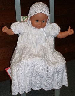 Christening Gown Knitting Patterns : 64 best images about Knitted christening gowns on Pinterest Knitting patter...