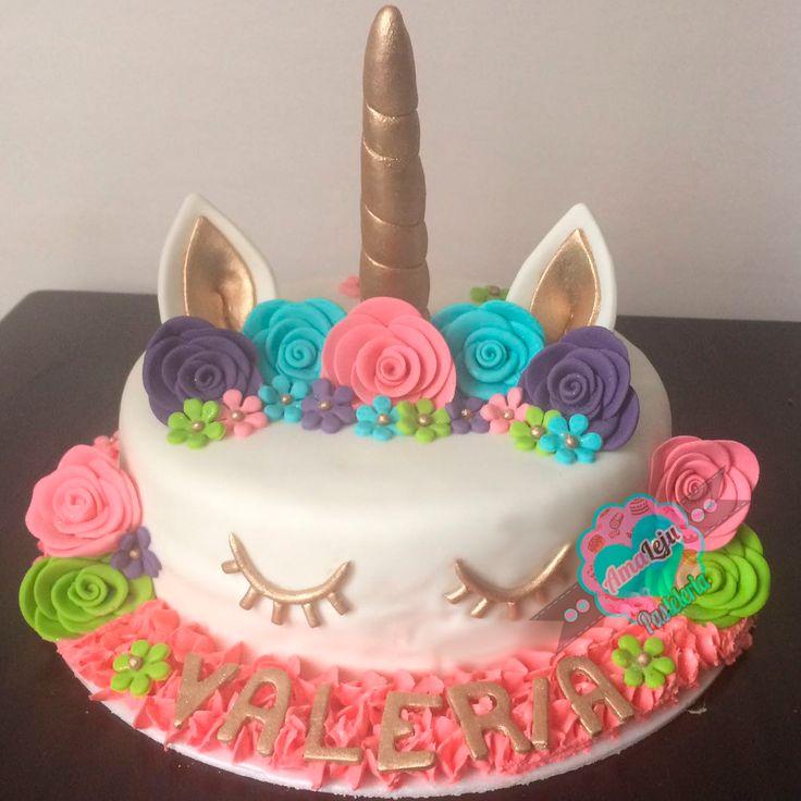 Torta Unicornio Realiza tu pedido por; WhatsApp: 3058556189, fijo 8374484  correo info@amaleju.com.co Síguenos en Twitter: @amaleju / Instagram: AmaLeju