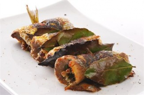 Sarde a Beccafino... topycal dish from Trapani, Sicily http://www.visittrapani.net/index.php/it/secondi-di-pesce/item/42-sarde-a-beccafico