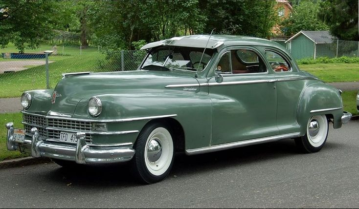 1948 Chrysler Windsor 2-door sedan