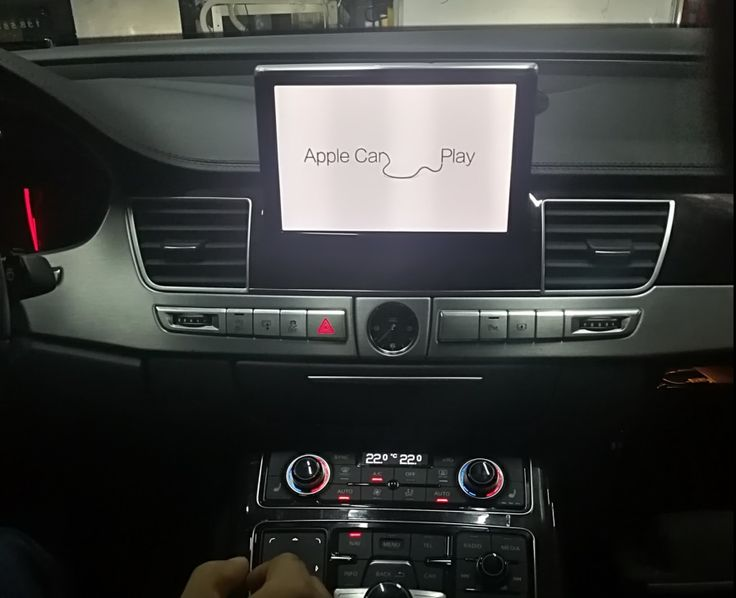 gocarplay.com apple carplay in audi A8,makes a totaly diff driving experence,voice comand with siri,we provide iphone carplay radio,apple carplay stereo