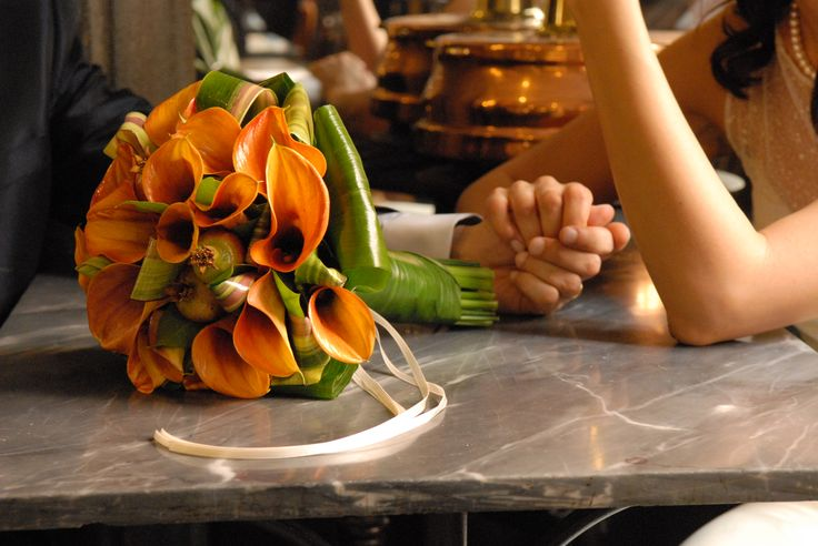 #bouquet di calle e melograni #anaphalisflowerdesign foto Stefani