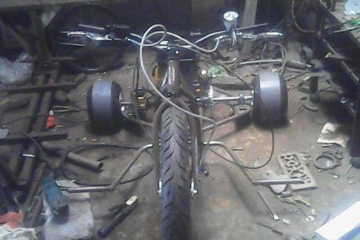 go to tes driver .drift trike