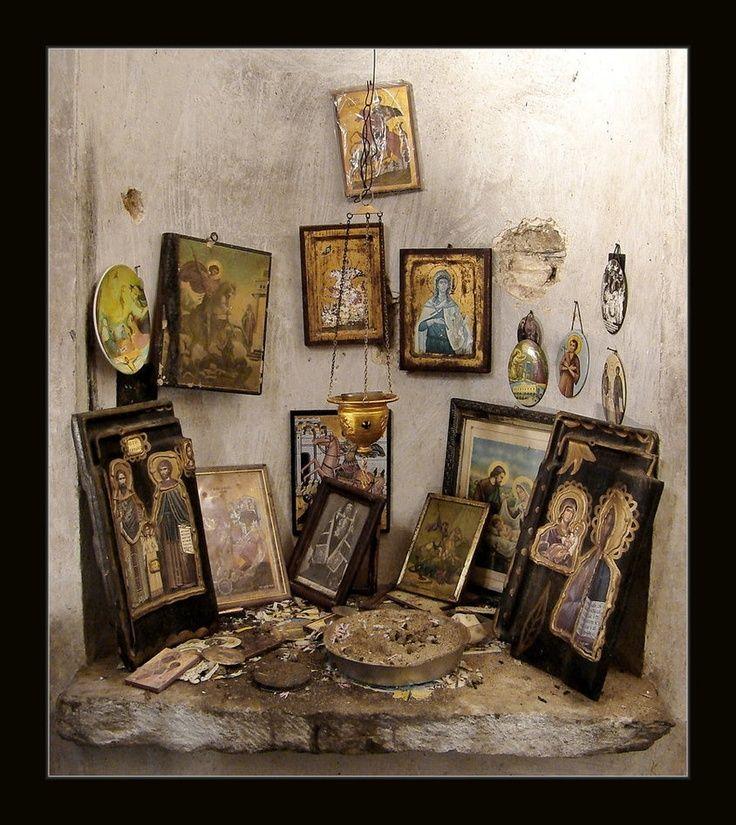 Eastern Orthodox Prayer Corner. Κύριε Ἰησοῦ Χριστέ, Υἱὲ τοῦ Θεοῦ, ἐλέησόν με τὸν