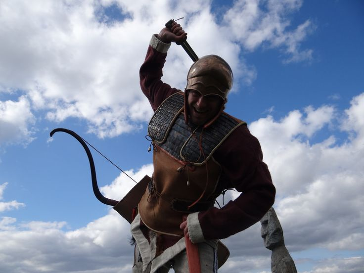 scythian warrior on the kurgan archeoskanzen Vsestary- скифский Молдова