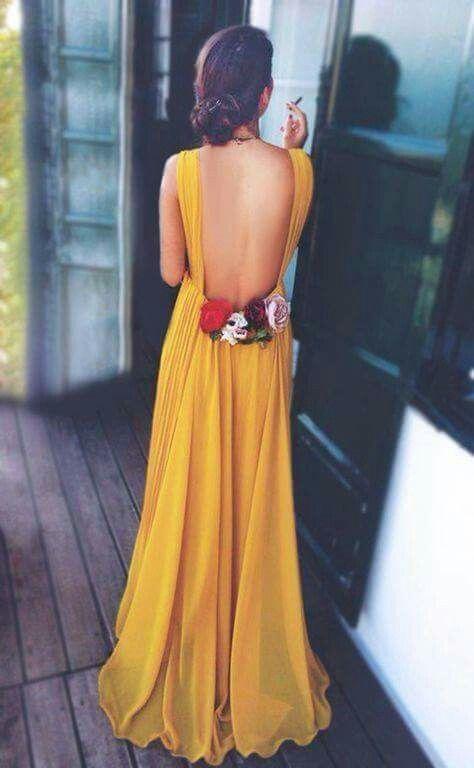 Espalda abierta, color mostaza, flores