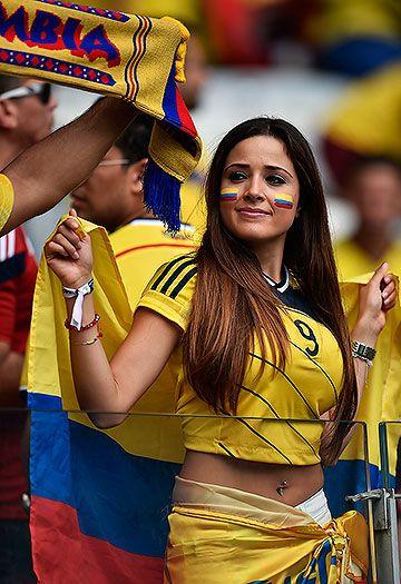 Brasil 2014: La 'Fiebre Amarilla' de la selección Colombia se sintió en el Mineirao   EL PAIS