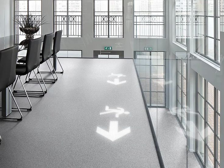 Customization of floors and walls with light can bring a great number of advantages. Philips has designed Luminous Carpets and Patterns with amazing results