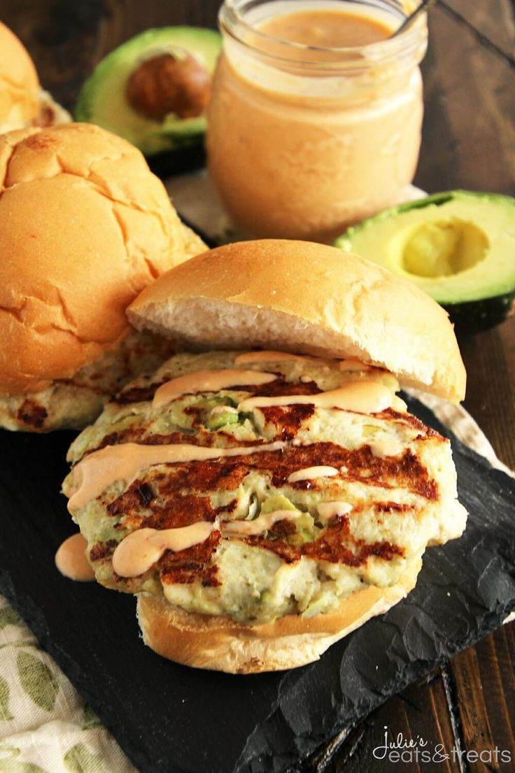 Chicken Avocado Burger with Chipotle Yogurt Sauce ~ Chicken Burger Stuffed with Avocado, Garlic, Feta Cheese and Drizzled with a Delicious Chipotle Yogurt Sauce!