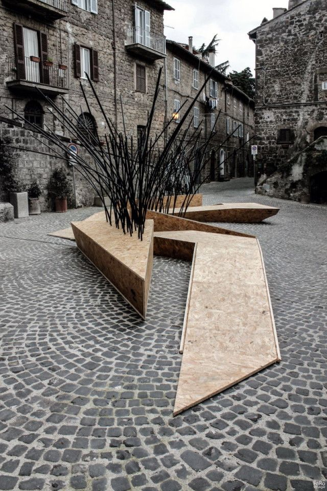 TreeIt by nITro is a public bench inspired by the work of architect Dario Pompei.