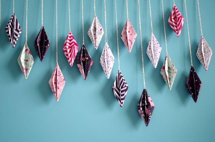 {DIY}-Ma-guirlande-de-diamant-Origami-guirlande-presque-entiére