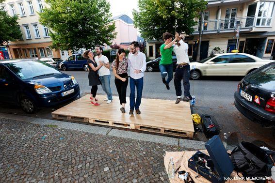 Stiftung Freizeit: Transforming Parking Spaces in Berlin