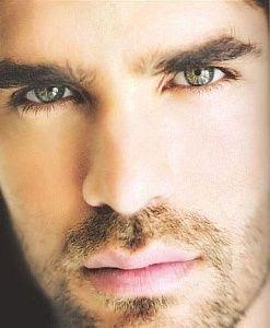 eduardo verastegui ~ O those eyes :) so hypnotic :) GORGEOUS mexican man