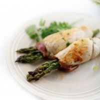 The Perfect Bite  : :  INVOLTINI DI POLLO E ASPARAGI CON SALSA AL CORIANDOLO