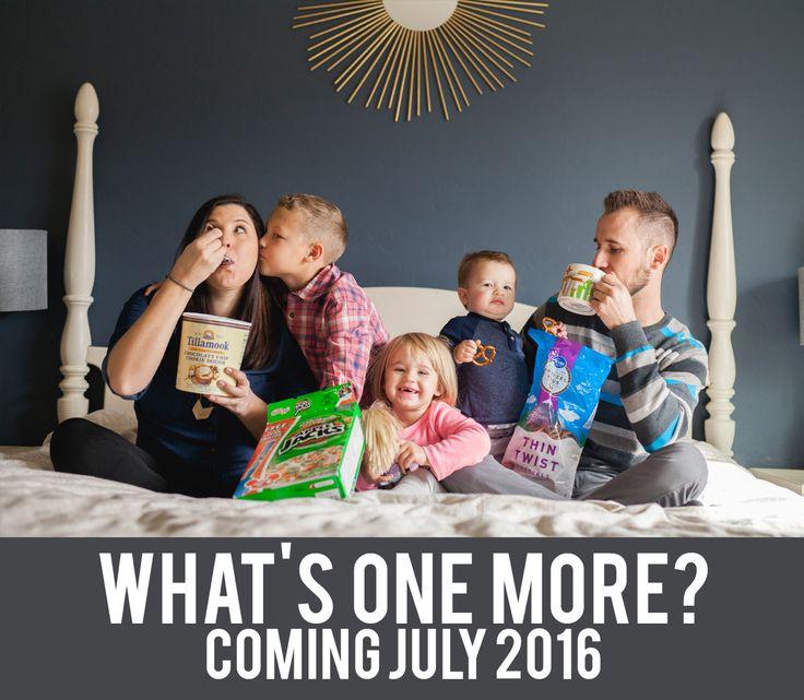 Fun pregnancy announcement from www.ashleyjenningsphoto.com